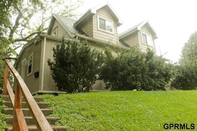 1102 S 60 Street, Omaha, NE 68106 (MLS #22121073) :: Omaha Real Estate Group