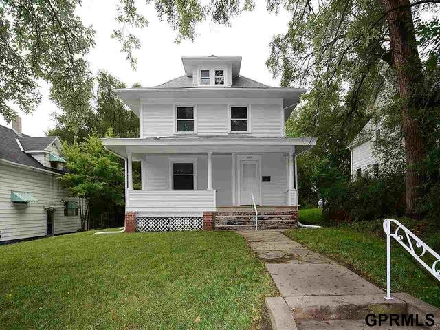 2811 Hamilton Street, Omaha, NE 68131 (MLS #22121203) :: kwELITE
