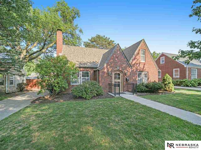 3412 S 17th Street, Lincoln, NE 68502 (MLS #22121235) :: Omaha Real Estate Group