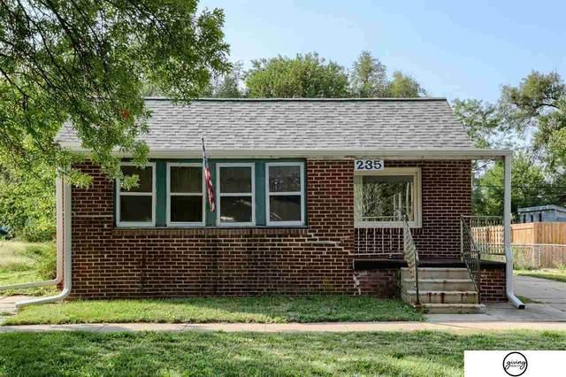 235 B Street, Lincoln, NE 68502 (MLS #22121271) :: Berkshire Hathaway Ambassador Real Estate