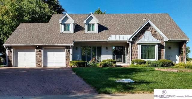 12310 Hamilton Circle, Omaha, NE 68154 (MLS #22121322) :: Omaha Real Estate Group