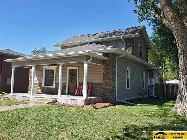 1916 Park Street, Beatrice, NE 68310 (MLS #22121414) :: kwELITE
