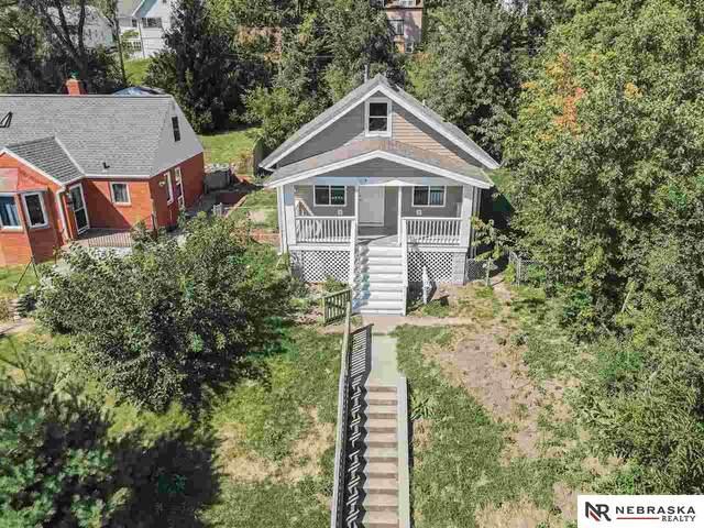 6330 N 31st Avenue, Omaha, NE 68111 (MLS #22121442) :: Elevation Real Estate Group at NP Dodge