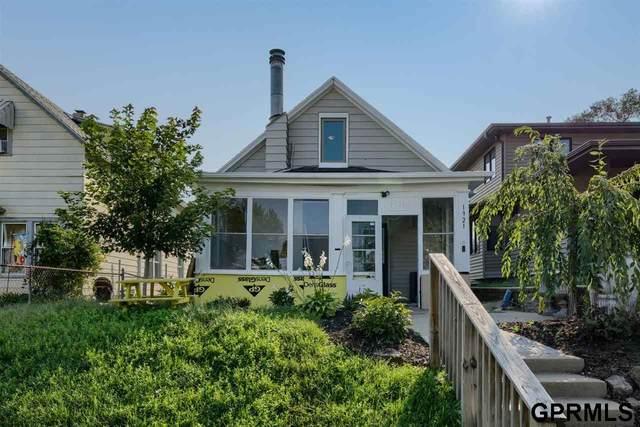1921 S 11 Street, Omaha, NE 68108 (MLS #22121573) :: Elevation Real Estate Group at NP Dodge