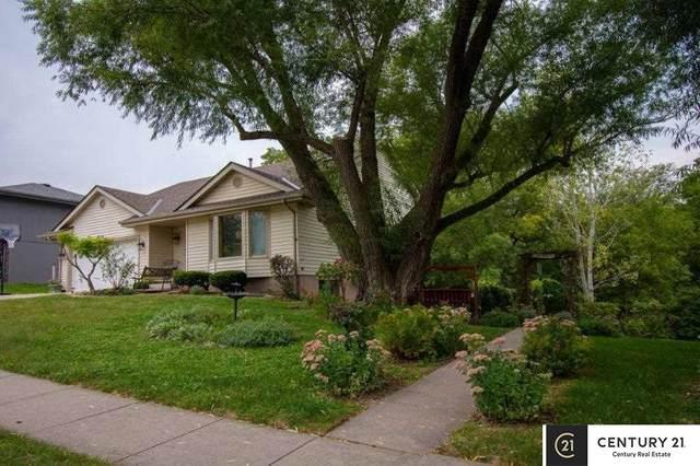 8514 N 83rd Avenue, Omaha, NE 68122 (MLS #22121583) :: kwELITE