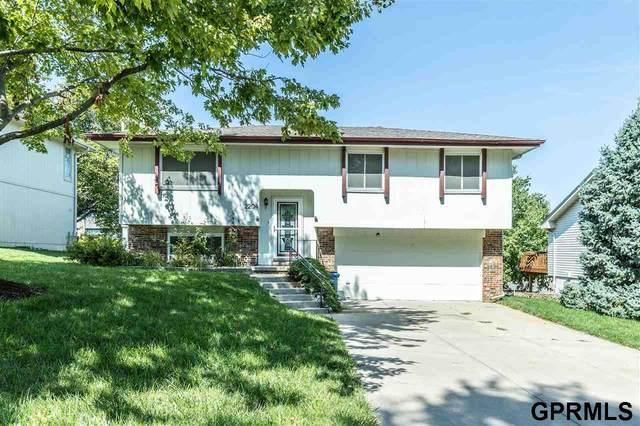 2204 Lucille Drive, Bellevue, NE 68147 (MLS #22121599) :: Don Peterson & Associates