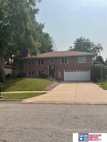 6001 Robin Road, Lincoln, NE 68516 (MLS #22121625) :: Omaha Real Estate Group