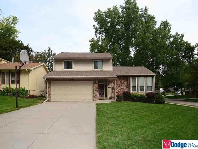 15406 Douglas Circle, Omaha, NE 68154 (MLS #22121721) :: Lincoln Select Real Estate Group