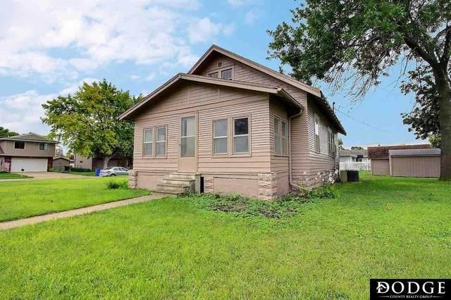 2145 E 1st Street, Fremont, NE 68025 (MLS #22121828) :: Don Peterson & Associates