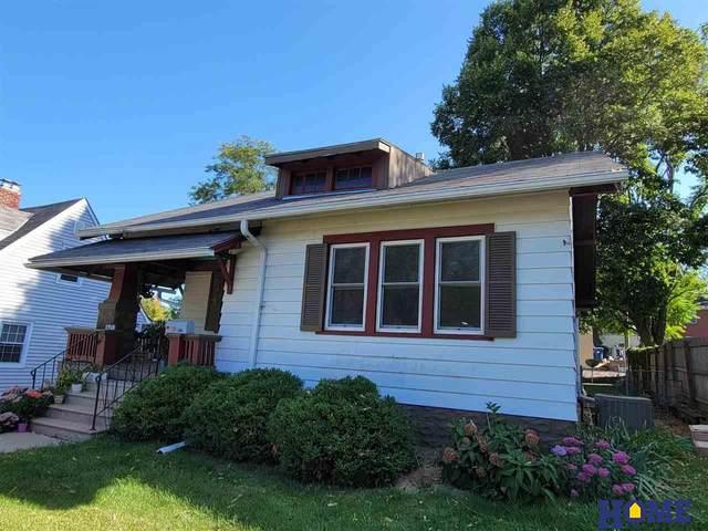 1675 Burr Street, Lincoln, NE 68502 (MLS #22121847) :: Berkshire Hathaway Ambassador Real Estate