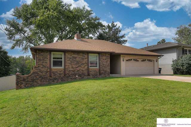3330 S 56 Street, Omaha, NE 68106 (MLS #22121855) :: Don Peterson & Associates