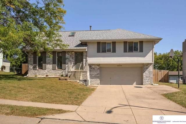 9805 S 9 Avenue, Bellevue, NE 68123 (MLS #22121870) :: Lincoln Select Real Estate Group