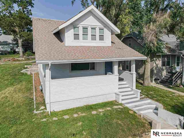 6326 N 32nd Street, Omaha, NE 68111 (MLS #22121873) :: Elevation Real Estate Group at NP Dodge