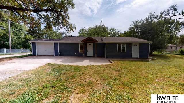 6965 S 28 Street, Bellevue, NE 68147 (MLS #22121924) :: Dodge County Realty Group