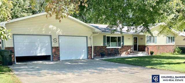 1230 17th Street, Henderson, NE 68371 (MLS #22121979) :: Lincoln Select Real Estate Group