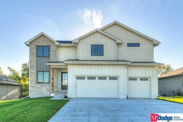 8107 N 167 Street, Bennington, NE 68007 (MLS #22121985) :: Elevation Real Estate Group at NP Dodge
