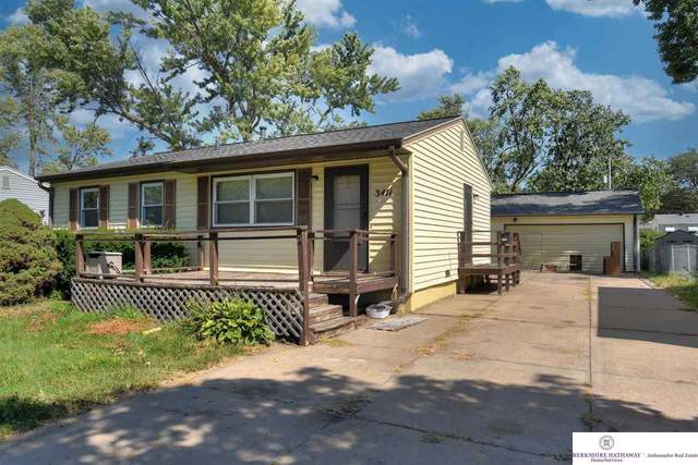 3411 Augusta Avenue, Omaha, NE 68144 (MLS #22122022) :: Lincoln Select Real Estate Group