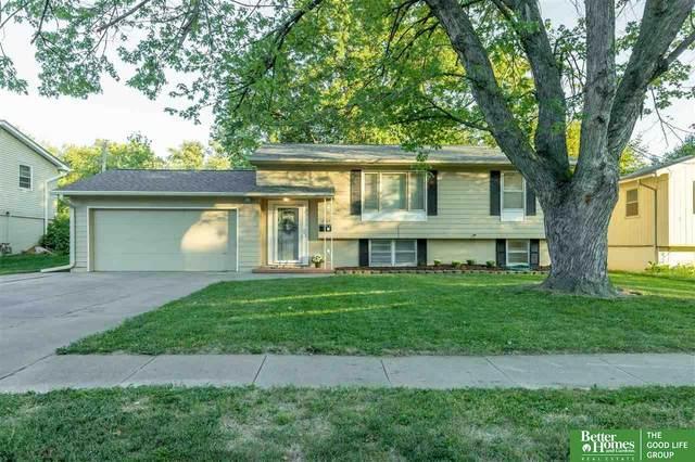 12768 Grover Street, Omaha, NE 68144 (MLS #22122080) :: Dodge County Realty Group
