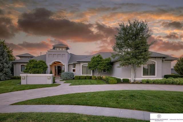 12219 N 179 Street, Bennington, NE 68007 (MLS #22122109) :: Don Peterson & Associates