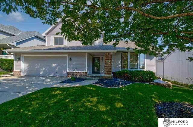 4227 N 163rd Avenue, Omaha, NE 68116 (MLS #22122116) :: Omaha Real Estate Group