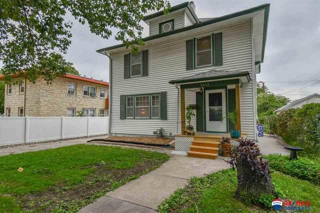2412 Washington Street, Lincoln, NE 68502 (MLS #22122151) :: Berkshire Hathaway Ambassador Real Estate