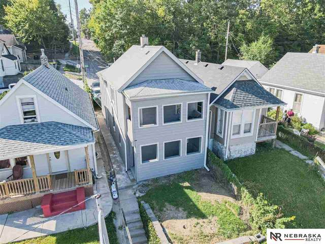 2525 Rees Street, Omaha, NE 68105 (MLS #22122163) :: Catalyst Real Estate Group