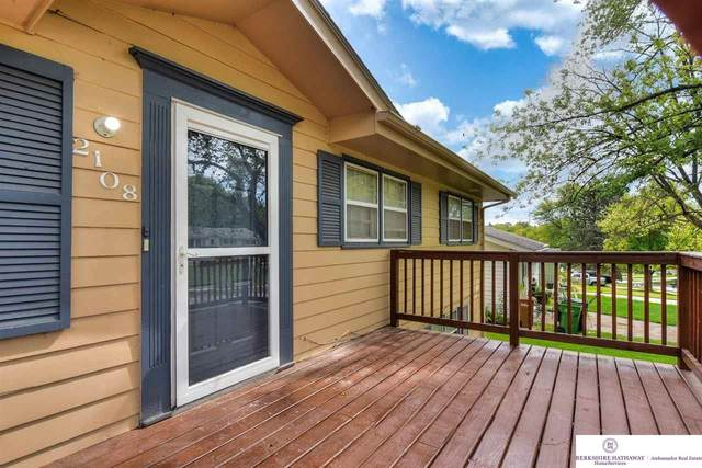 2108 Twinridge Drive, Bellevue, NE 68005 (MLS #22122175) :: Catalyst Real Estate Group