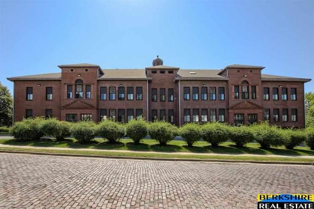 3401 Martha Street 11E, Omaha, NE 68105 (MLS #22122203) :: Lincoln Select Real Estate Group