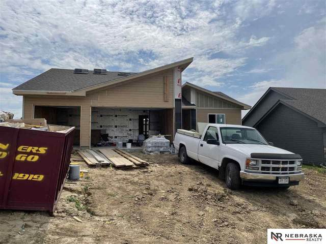 2033 Gindy Circle, Bellevue, NE 68147 (MLS #22122237) :: Catalyst Real Estate Group