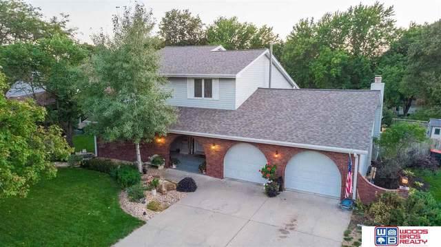 5917 Fieldcrest Way, Lincoln, NE 68512 (MLS #22122251) :: Don Peterson & Associates