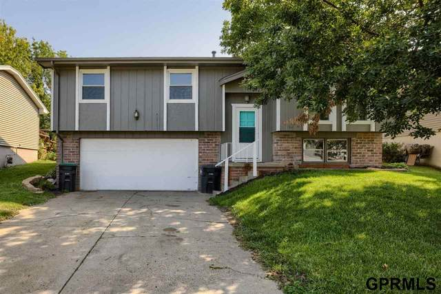 6105 N 109th Street, Omaha, NE 68164 (MLS #22122281) :: Lincoln Select Real Estate Group
