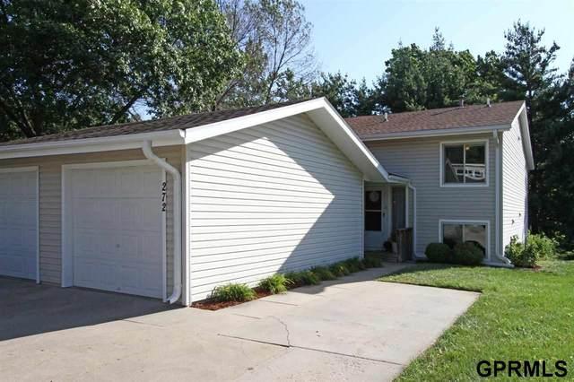 272 Parkside Lane, Lincoln, NE 68521 (MLS #22122330) :: kwELITE