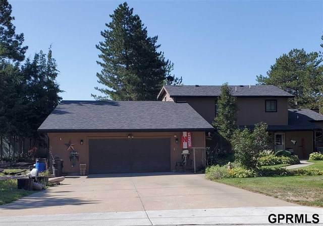 55 Lakewood Drive Drive, Columbus, NE 68601 (MLS #22122331) :: Don Peterson & Associates