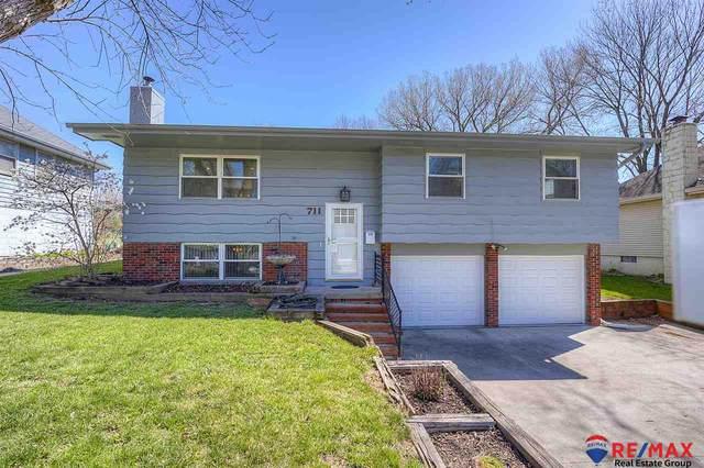 711 Leprechaun Lane, Papillion, NE 68046 (MLS #22122332) :: Capital City Realty Group