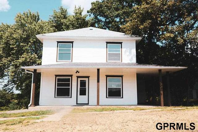 906 10th Street, Corning, IA 50841 (MLS #22122367) :: Complete Real Estate Group