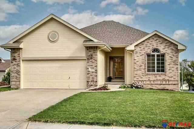 2308 Kara Drive, Papillion, NE 68133 (MLS #22122368) :: Capital City Realty Group