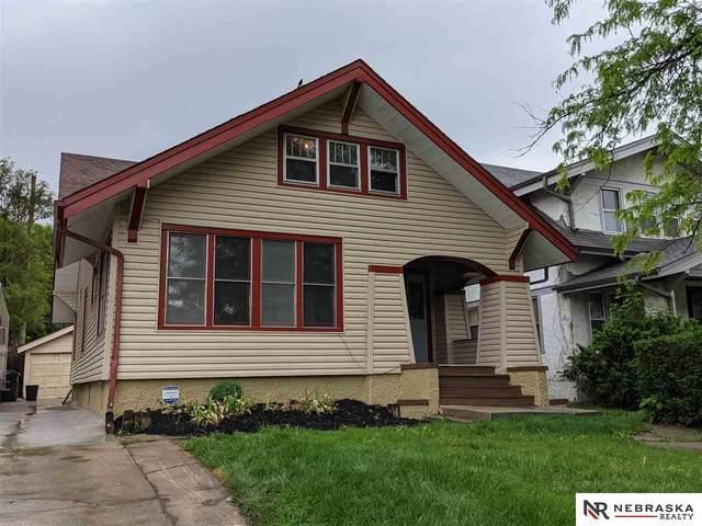 2862 Newport Avenue, Omaha, NE 68111 (MLS #22122377) :: Omaha Real Estate Group
