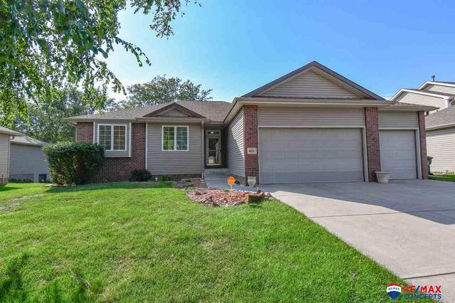 8021 Tropp Ridge Drive, Lincoln, NE 68521 (MLS #22122416) :: Don Peterson & Associates