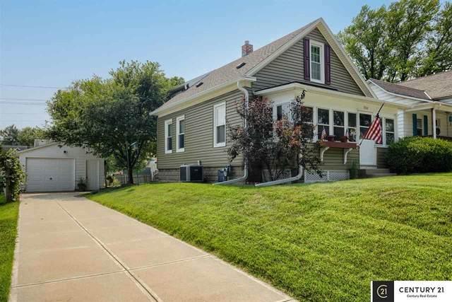 3903 Gold Street, Omaha, NE 68105 (MLS #22122442) :: Lighthouse Realty Group