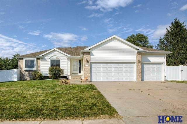 7900 E Pointe Road, Lincoln, NE 68506 (MLS #22122445) :: Elevation Real Estate Group at NP Dodge