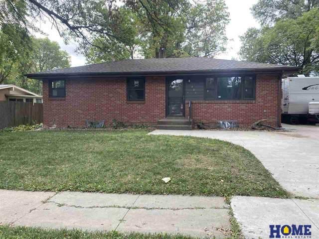 7441 Holdrege Street, Lincoln, NE 68505 (MLS #22122458) :: Elevation Real Estate Group at NP Dodge
