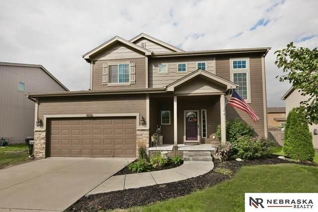 8612 S 68th Street, Papillion, NE 68133 (MLS #22122496) :: Elevation Real Estate Group at NP Dodge