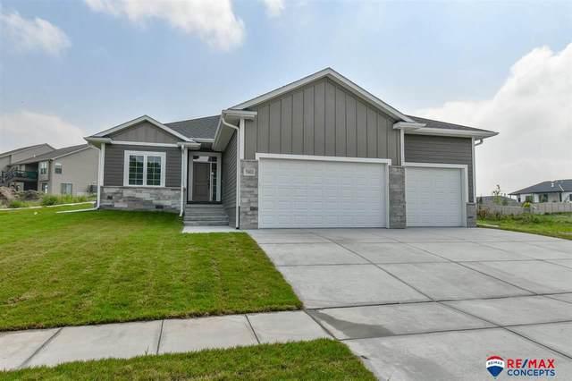 7901 Patrick Avenue, Lincoln, NE 68516 (MLS #22122538) :: Elevation Real Estate Group at NP Dodge