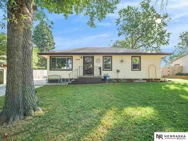 826 El Avado Avenue, Lincoln, NE 68504 (MLS #22122547) :: Lincoln Select Real Estate Group