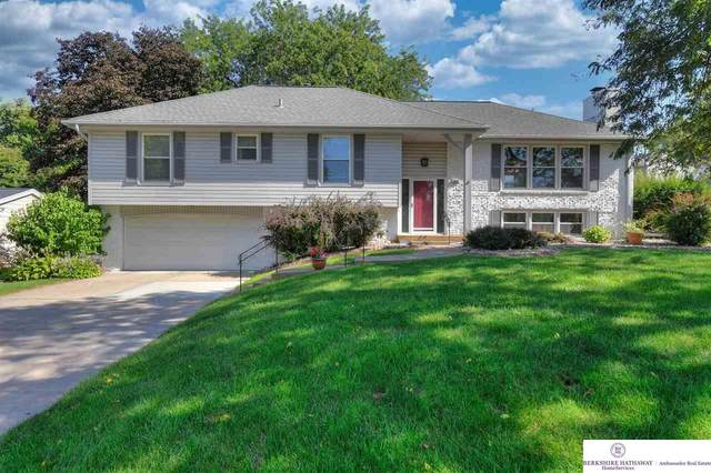 423 S 116 Street, Omaha, NE 68154 (MLS #22122570) :: Don Peterson & Associates