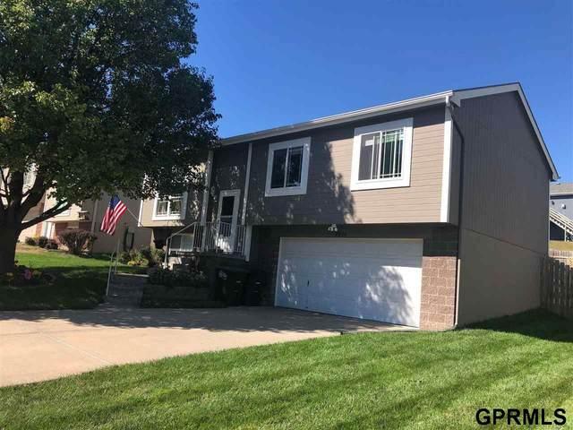 7976 Bondesson Street, Omaha, NE 68122 (MLS #22122573) :: Elevation Real Estate Group at NP Dodge