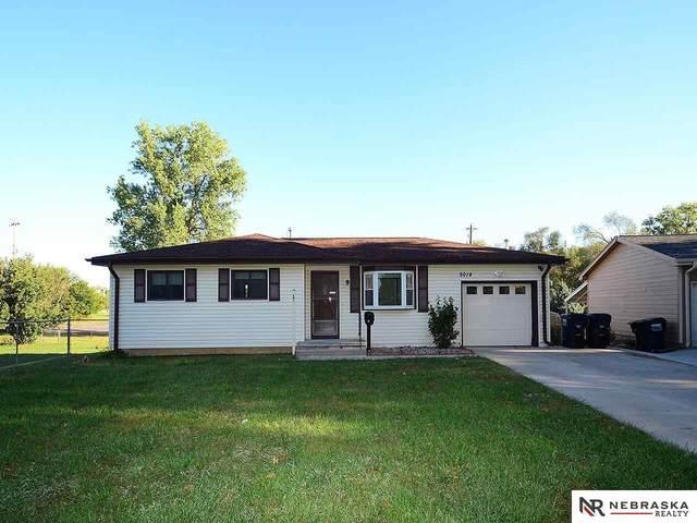 8014 Gertrude Street, La Vista, NE 68128 (MLS #22122586) :: Omaha Real Estate Group