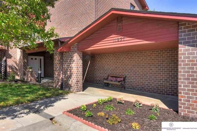 11937 Miracle Hills Drive #7, Omaha, NE 68154 (MLS #22122590) :: The Briley Team