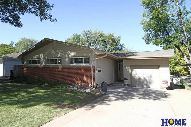 933 Colony Lane, Lincoln, NE 68505 (MLS #22122604) :: Complete Real Estate Group