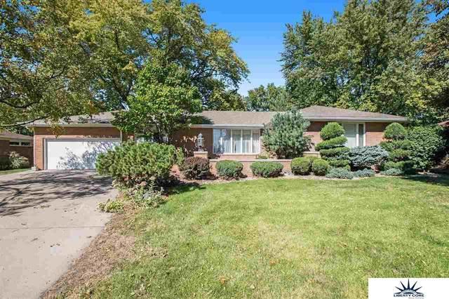 1850 Parkview Drive, Fremont, NE 68025 (MLS #22122646) :: Elevation Real Estate Group at NP Dodge